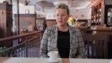 Экс-министр обороны Латвии теперь варит кофе гостям в отеле: история Линды Мурниеце