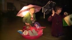 Около 100 человек погибли во время наводнения в Китае