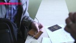 Европарламент просят помочь негражданам Латвии и Эстонии
