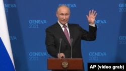 """At his June 16, 2021 press conference, Russian President Putin claimed that there had been """"glimmers of trust"""" during his meeting with U.S. President Joe Biden."""