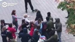 Задержание участниц женского митинга в Минске: они вышли в поддержку Марии Колесниковой