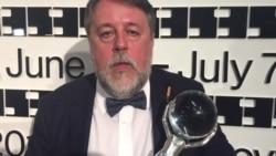"""Докфильм Манского """"Свидетели Путина"""" получил главный приз на кинофестивале в Карловых Варах"""