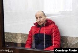 """Владимир Неронский в зале суда. Фото: правозащитный центр """"Весна"""""""