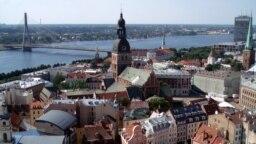 Балтия: неграждане и трудовые мигранты
