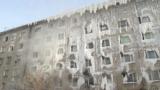 """""""Ледяная пещера"""" в Иркутске: промерзшее насквозь общежитие, где живут люди"""