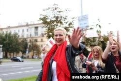 Мария Колесникова на марше женщин в Минске 29 августа 2020 года