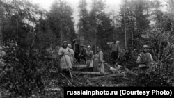 Спецпоселенцы на заготовке леса