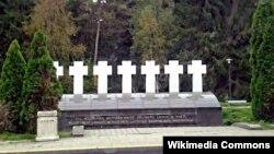Памятник погибшим в Мядининкае