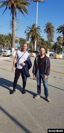Политтехнолог Максим Шугалей (справа) и социолог Александр Прокофьев в Ливии