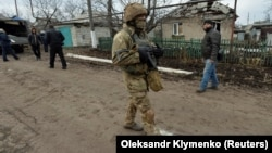 Последствия обстрела села Новолуганское