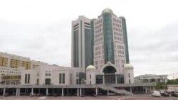 На что казахстанские чиновники тратят деньги