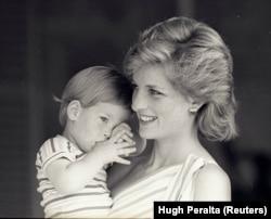 Диана с принцем Гарри