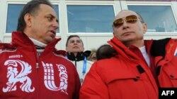 Министр спорта РФ Виталий Мутко и Владимир Путин