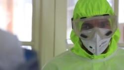 Медики больницы во Львове показывают, как лечат коронавирус