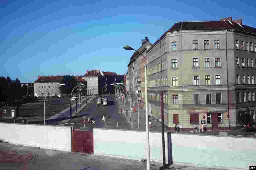 Берлинская стена. Июнь 1968