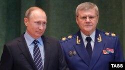 Генпрокурор Юрий Чайка и Владимир Путин