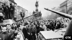 Оккупация-1968: 49 лет назад советские войска вторглись в Чехословакию
