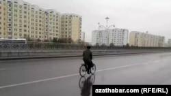 Пустые улицы Ашхабада, март 2020 года