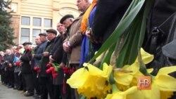 В Молдове возложили цветы к монументу Ленина