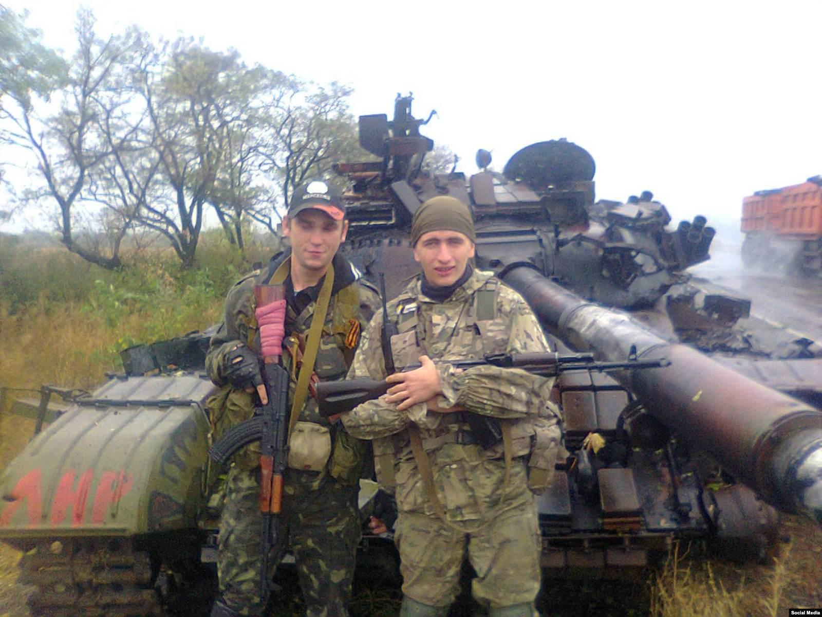 Россиянин Георгий Сабадыр (справа)