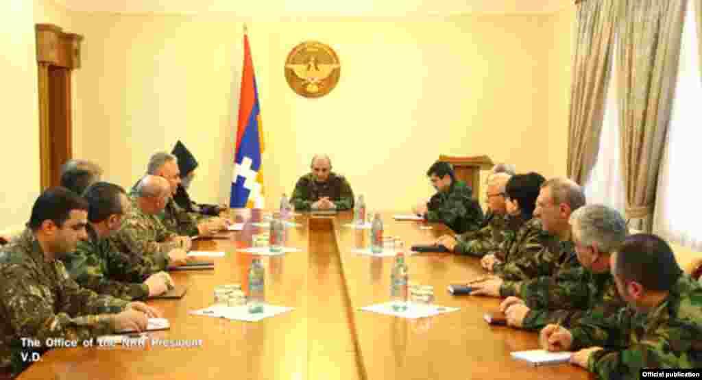 Совещание у президента самопровозглашенной Нагорно-Карабахской республики Бако Саакяна, 3 апреля 2016