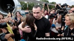 Ukrainian fillmmaker Oleh Sentsov, released from prison in Russia, upon arrival at Kyiv's Borisopol airport