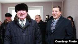 Валерий Шанцев (слева)