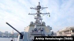 """Эсминец """"Дональд Кук"""" в одесскому порту, 26 февраля 2019 года"""