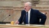 """""""Прости, ты что, приватизировал страну?"""" Жители Беларуси – о словах Лукашенко, что он не отдаст страну другим кандидатам в президенты"""