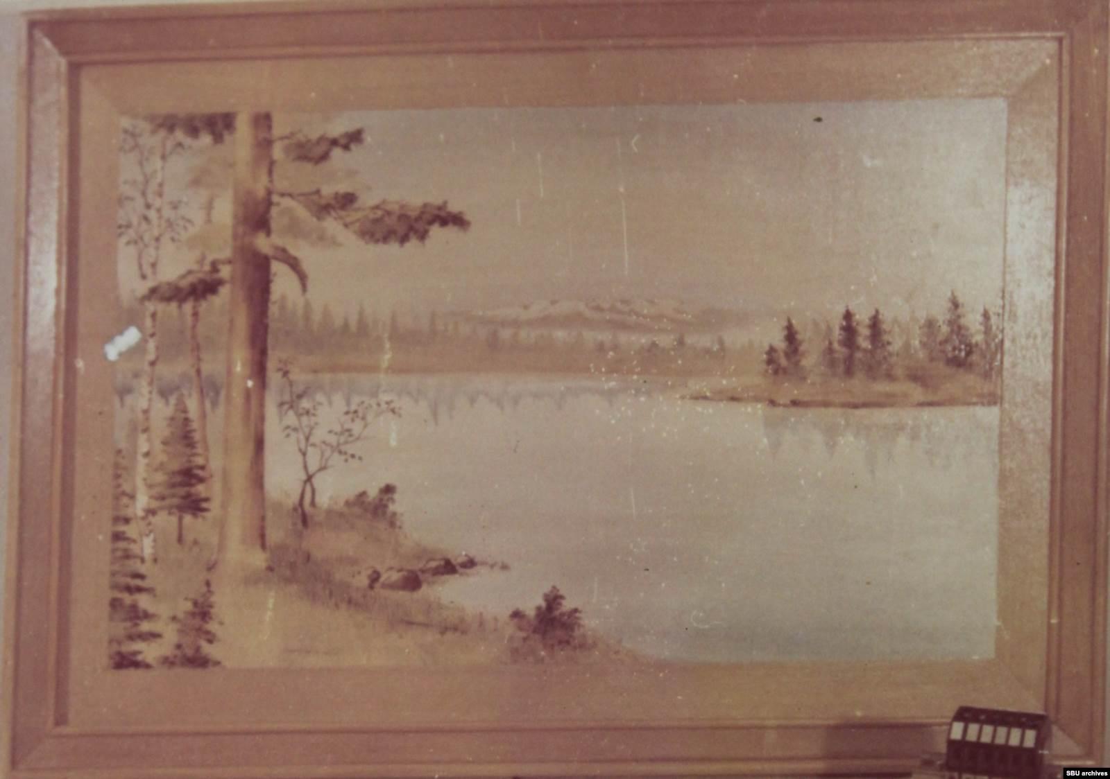 Подаренная Пушкарю картина. На заднем плане изображена гора Пэктусан — один из символов КНДР. Фото из уголовного дела