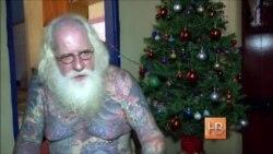 Санта Клаус с татуировками