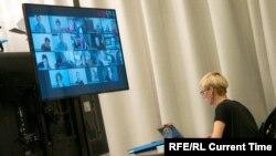 Презентация проектов на питчинге Artdofest/Riga
