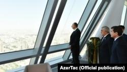 Президент Азербайджана в новом офисе SOCAR
