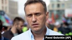 Навальный на акции в поддержку независимых кандидатов на выборах в Мосгордуму