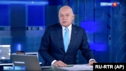 Russian TV host Dmitry Kiselyov (file photo)