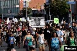 Марш протеста оправдательного приговора, Лос-Анжелес, 14 июля 2013