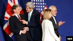 Переговооры в Лозанне: госсе6кретарь США Джон Керри, Федерика Могерини и представители Ирана