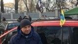 """В Украине владельцы """"евроблях"""" начали бессрочный протест"""