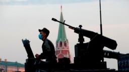 Репетиция парада Победы в Москве 18 июня 2020 года во время эпидемии коронавируса. Фото: ТАСС