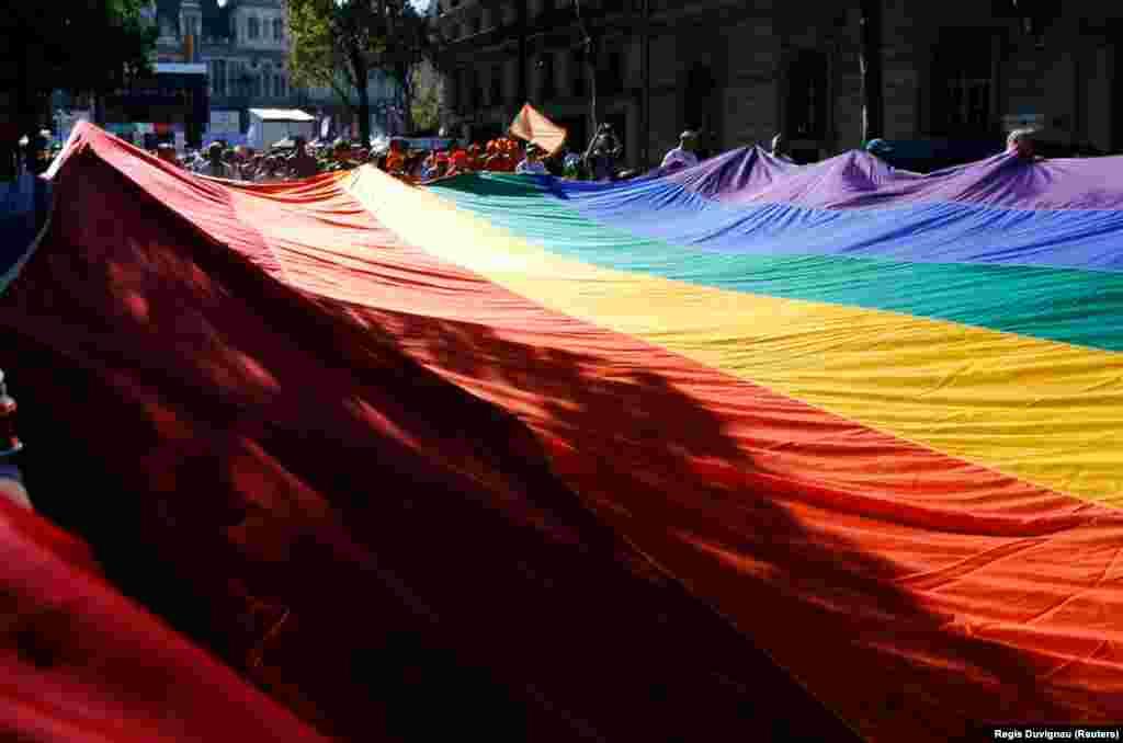 Международные Gay Games впервые прошли в Сан-Франциско в 1982 году. С тех пор они проводятся каждые четыре года