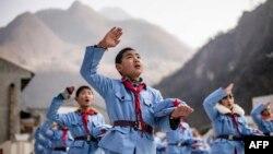 Ученики китайской военной академии в Сичуане, январь 2015
