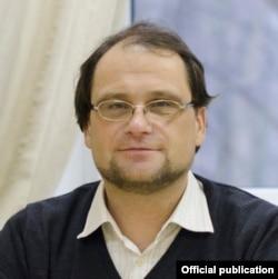Святослав Довбня