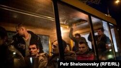 """Обмен пленными между Киевом и """"ДНР"""", март 2015 года"""