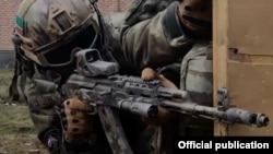 Сотрудники полка Ахмат на учениях, фото из инстаграма МВД Чечни