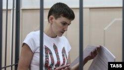 Надежда Савченко в суде в Москве 6, мая 2015 года