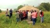У мигрантов из Кыргызстана отбирают законно купленные в России участки