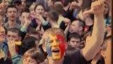 """Пятое время года: 10 лет молдавской """"революции твиттера"""""""