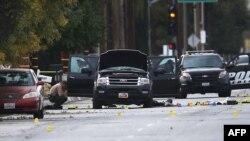 """Полицейские США на месте задержания Саида Фарука - """"стрелка из Сан-Бернардино"""", 2 декабря 2015 года, Сан-Бернардино, штат Калифорния"""