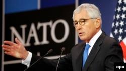 Министр обороны США Чак Хейгел в Брюсселе на встрече министров обороны стран НАТО