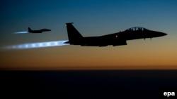 Американские самолеты F-15E Strike Eagles над северным Ираком
